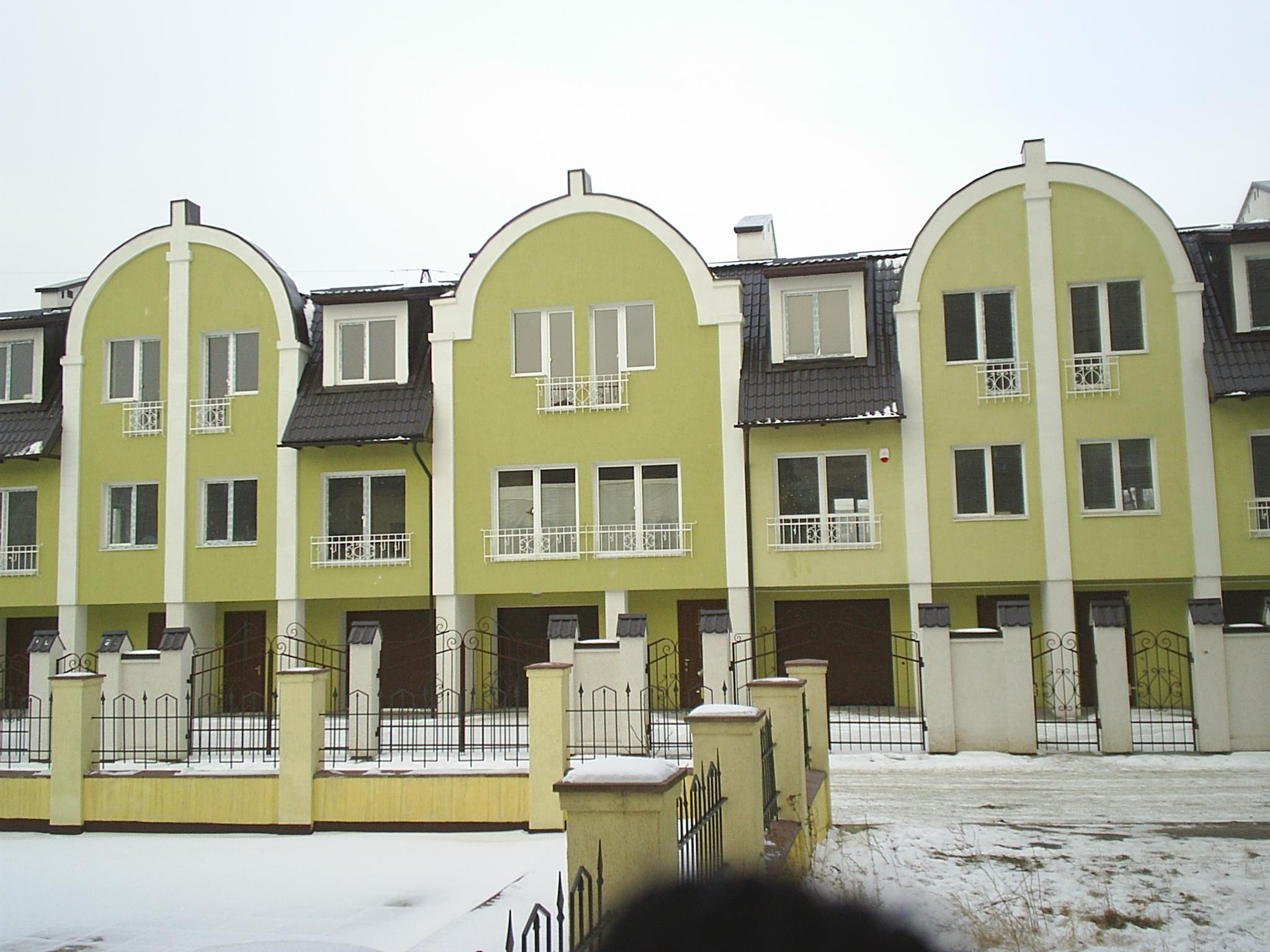 Зблоковані житлові будинки. вул. Вагонова, м.Львів